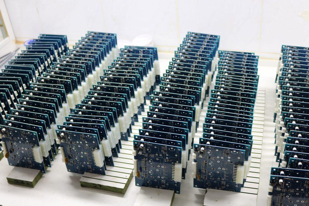 Dịch vụ thiết kế mạch điện tử